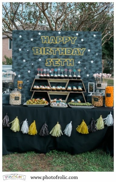 Have a Star Wars fan in your life? This party is full of food ideas, party games, fun details and creative party favors to make your Jedi Knight one happy boy or girl.